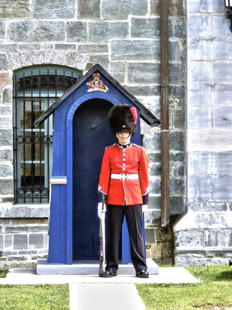 "Soldier of the ""Citadelle"" (Quebec City / Canada)"