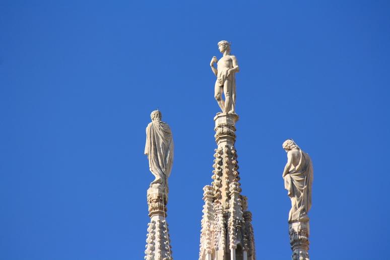Statue of Duomo