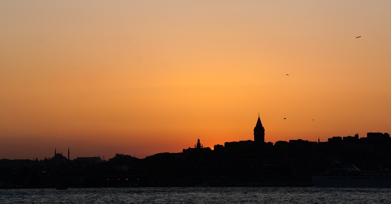 Istanbul - The city at the dusk